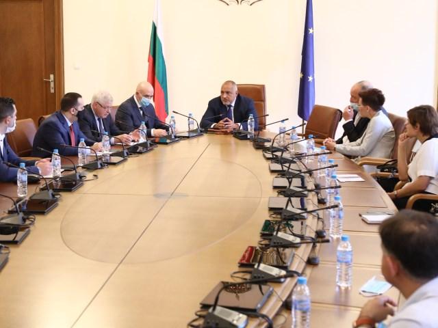 След среща с търговците Борисов разпореди моловете да бъдат отворени от понеделник